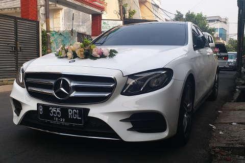 Sewa alphard murah, sewa alphard jakarta, rental alphard, sewa mobil pengantin jakarta, wedding car, rental mobil pengantin